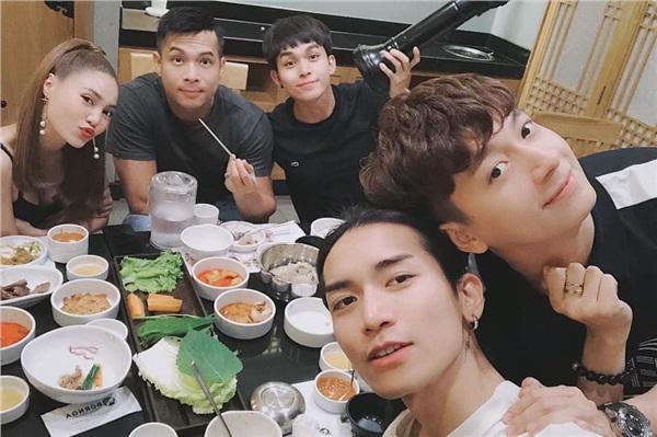 Ngô Kiến Huy trong mắt các thành viên Running Man Việt là người như thế nào? 2