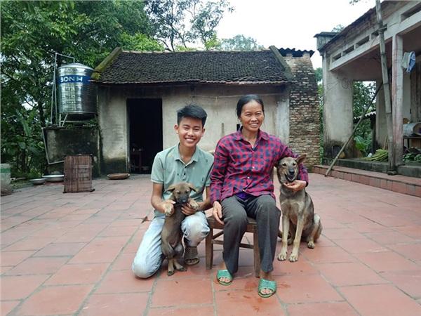 Cô Dương Thị Cường - nhân vật xuất hiện trong loạt video 'Ẩm thực mẹ làm' của con trai