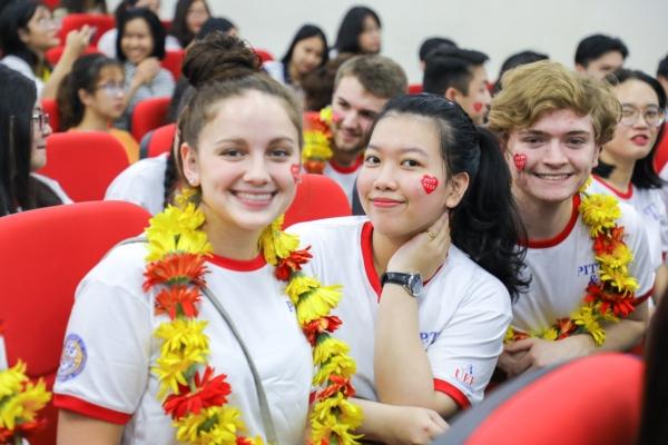 Nắm bắt cơ hội trở thành sinh viên đại học quốc tế với phương thức xét học bạ