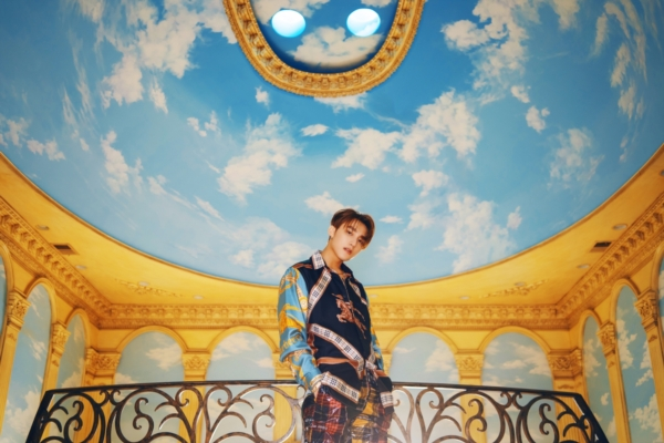 Hóa ra stylist của Sơn Tùng trong MV 'Hãy trao cho anh' đã từng là 'phù thủy' cho IZ*ONE 0