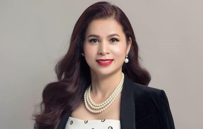Trước phiên xét xử tranh chấp tại Trung Nguyên IC, bà Lê Hoàng Diệp Thảo bất ngờ công bố kết luận của Viện khoa học hình sự 0