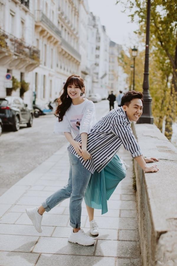 Bộ ảnh đậm chất 'Chuyện tình Paris' của Trấn Thành - Hari Won khiến ai cũng 'hạnh phúc lây' 4