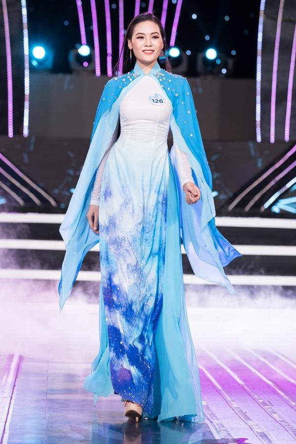 Dàn thí sinh Miss World Việt Nam khu vực phía Bắc khoe nhan sắc nổi bật trong phần thi áo dài 9