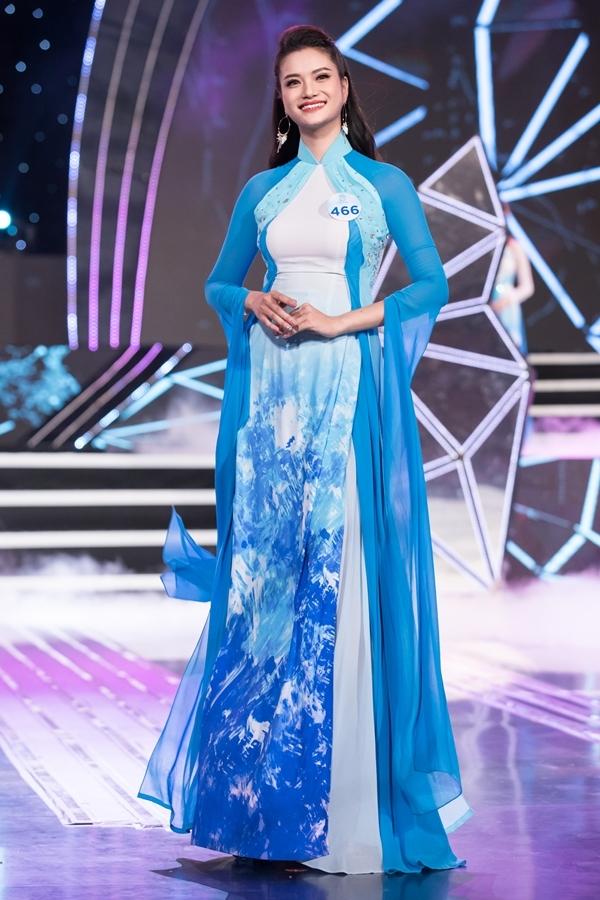 Dàn thí sinh Miss World Việt Nam khu vực phía Bắc khoe nhan sắc nổi bật trong phần thi áo dài 10
