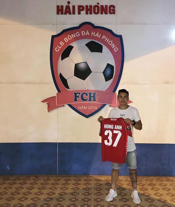 Sau thời gian dài tìm kiếm chưa có cơ hội, Andrey giờ đã tham gia CLB Hải Phòng để chuẩn bị cho hành trình theo đuổi sự nghiệp sân cỏ.