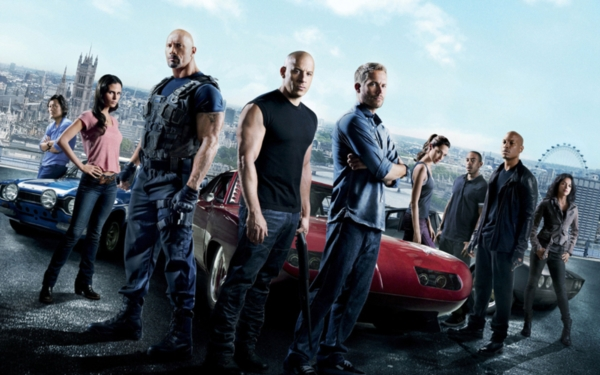 Nhìn lại hành trình 18 năm của series phim hành động tốc độ 'Fast & Furious' 5
