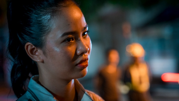Thí sinh Miss World Việt Nam chui cống, mặt lấm lem, làm công nhân vệ sinh 10