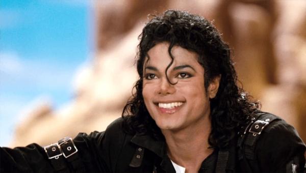 Đại diện pháp lý của Michael Jackson đã tuyên bốLeaving Neverlandlà một bộ phim nhằm bôi nhọ hình ảnh của ông.