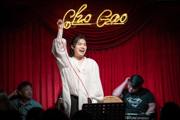 Lần đầu làm show riêng, Quang Trung khiến khán giả 'tròn mắt' vì hát live liên tục 23 ca khúc 1
