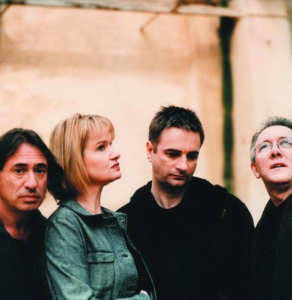 Art Of Noise là nhóm nhạc đến từ Anh Quốc, ra mắt công chúng từ 1983 và từng thắng GRAMMY năm 1986