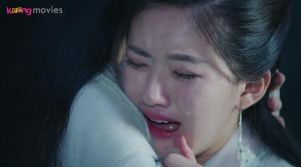 Cô òa khóc khi phát hiện Thu Nguyệt mới chính là chân mệnh của mình