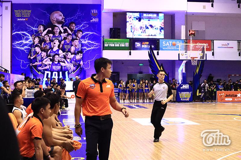 Với chiến thắng trên sân Hồ Xuân Hương, thầy trò HLV Phan Thanh Cảnh đã lập nên kỷ lục mới cho Danang Dragons khi giành 5 trận thắngvòngRegular Season