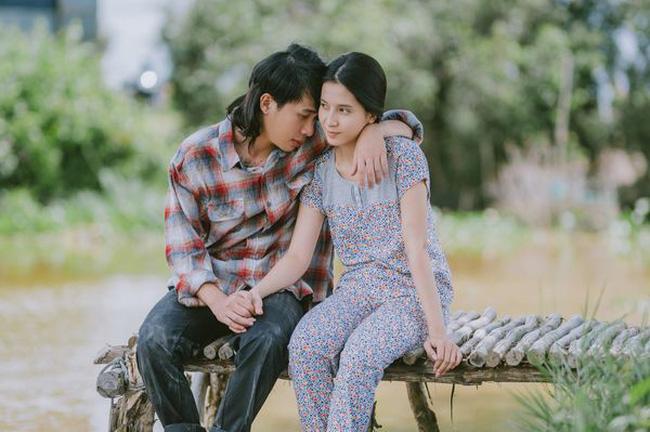 Thiên An được biết đến nhiều qua vai nữ chính trong MV 'Sóng gió'