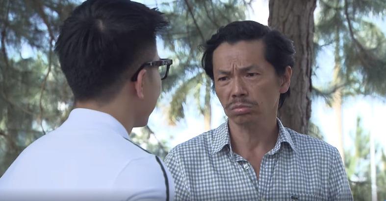 Ông Sơn buồn bã chia sẻ về sự thay đổi ngày càng ghê gớm của con gái mình.