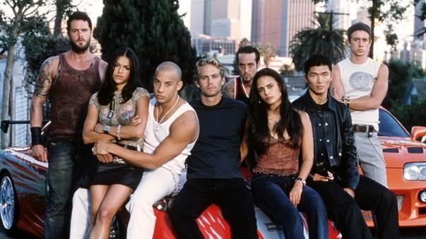 'Gia đình là trên hết' - Yếu tố xuyên suốt hành trình 18 năm của 'Fast & Furious' và phần ngoại truyện 0