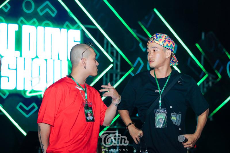 Huỳnh James và Pjnboys cũng đã có mặt tại Hà Nội.