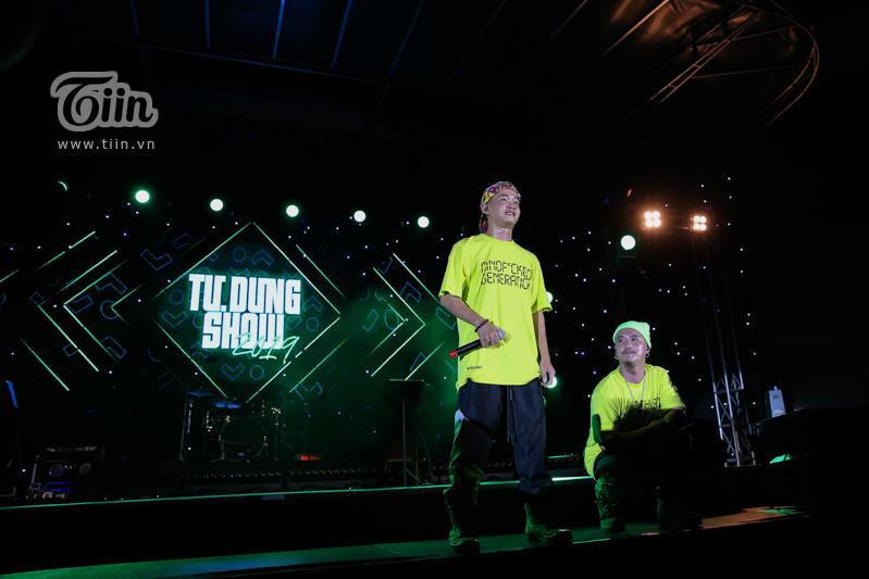 Huỳnh James và Pjnboys 'quẩy' hết mình trên sân khấu 'Tự Dưng Show 2019' 10