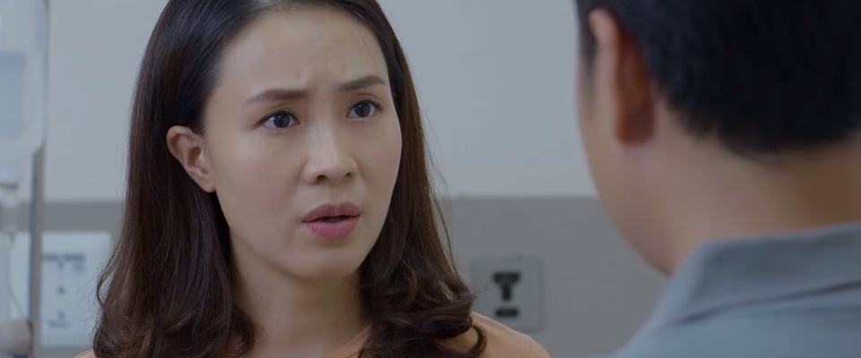Lo lắng khi biết cô Trà đi công tác với chồng mình