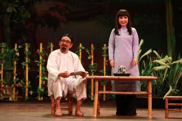 Trở lại sau tuyên bố giải nghệ, Hoài Lâm hát cải lương 'ngọt như mía lùi' 4