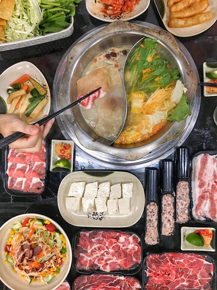 Nhiều dân mạng cho rằng, với giá 148k thì đừng đòi hỏi. Đặc biệt, không ít người đã từng tới đây thử và cho biết rất hài lòng với chất lượng đồ ăn cũng như phục vụ của quán K.