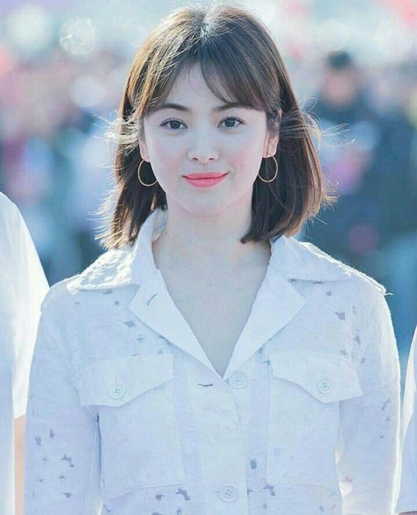 'Bắt mạch' 2 mẹo 'hack dáng' hay ho của Song Hye Kyo qua phong cách thời trang dự sự kiện 8