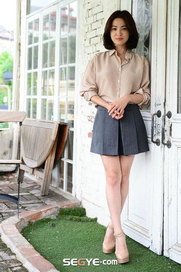 'Bắt mạch' 2 mẹo 'hack dáng' hay ho của Song Hye Kyo qua phong cách thời trang dự sự kiện 3