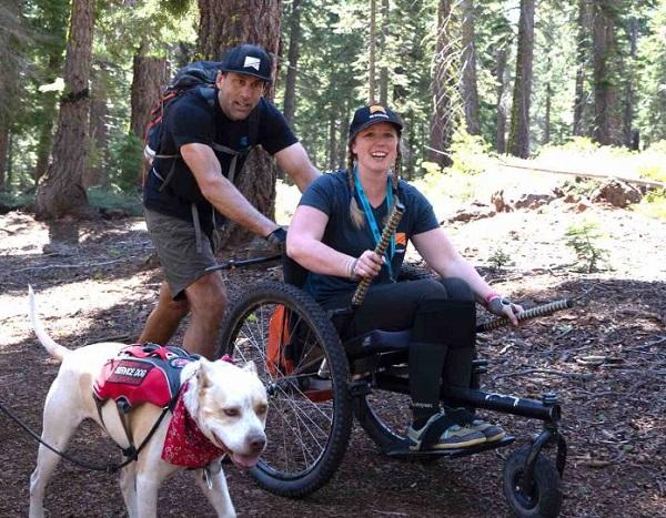 Dù khuyết tật nhưng Nerrisa Cannon không từ bỏ đam mê khám phá của mình. Ảnh: Good News Network.