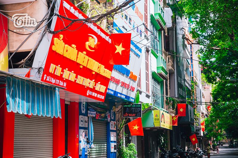 Phố phường Hà Nội rực rỡ cờ đỏ sao vàng mừng ngày Quốc Khánh 5