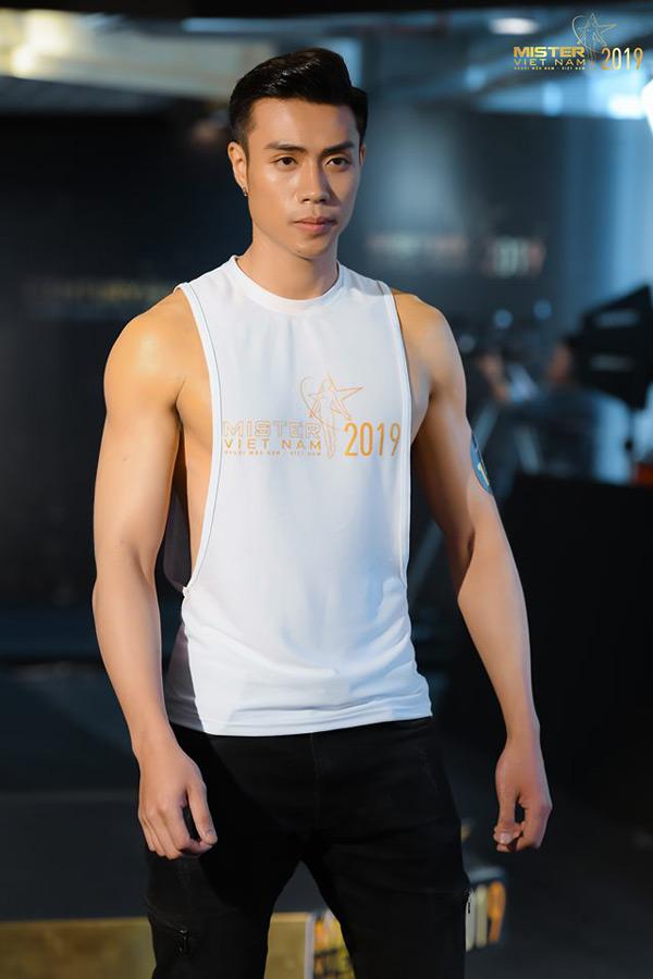Hành trình giảm 25kg từ gã bụng phệ đến nam thần 6 múi của thí sinh Mister Việt Nam 2019 1