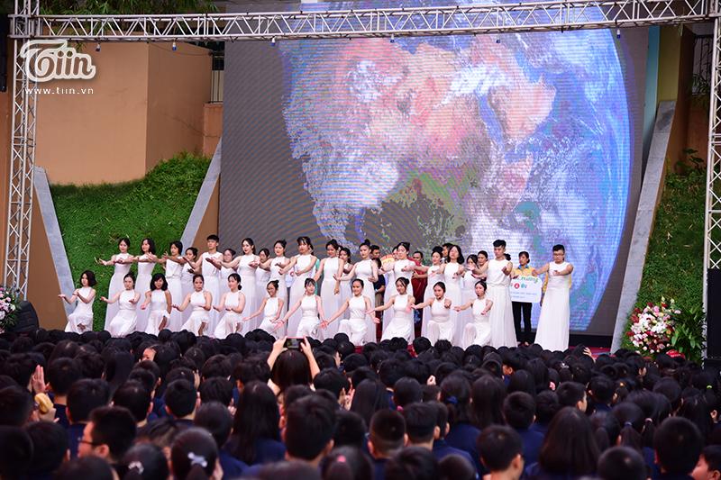 'Lễ khai giảng Nguyệt Linh': Không bóng bay, ngập tràn thông điệp bảo vệ môi trường 3