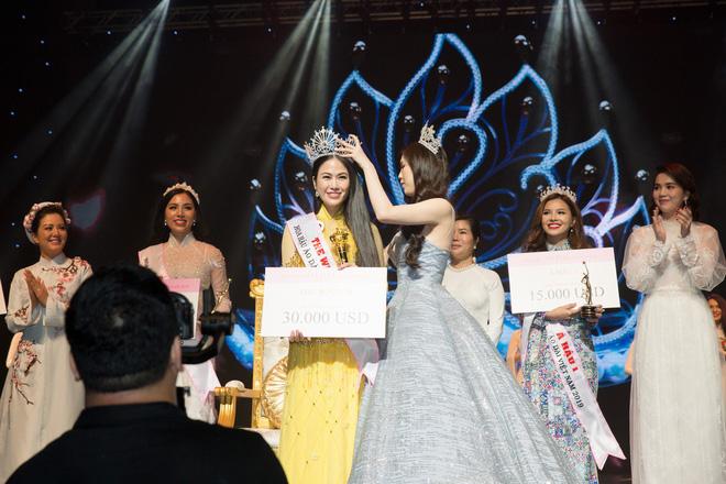 Hành trình của Tuyết Nga đến với vương miện Hoa hậu Áo dài Việt Nam 2019 được đánh giá là thuyết phục.
