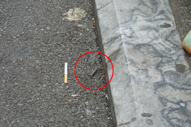 Vật thể lạ tìm thấy tại hiện trường.
