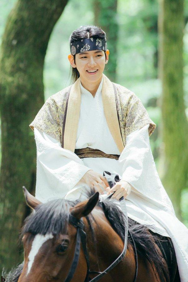 8 nam idol được kỳ vọng trở thành diễn viên chuyên nghiệp, người cuối cùng có phim cực hay chuẩn bị lên sóng 1