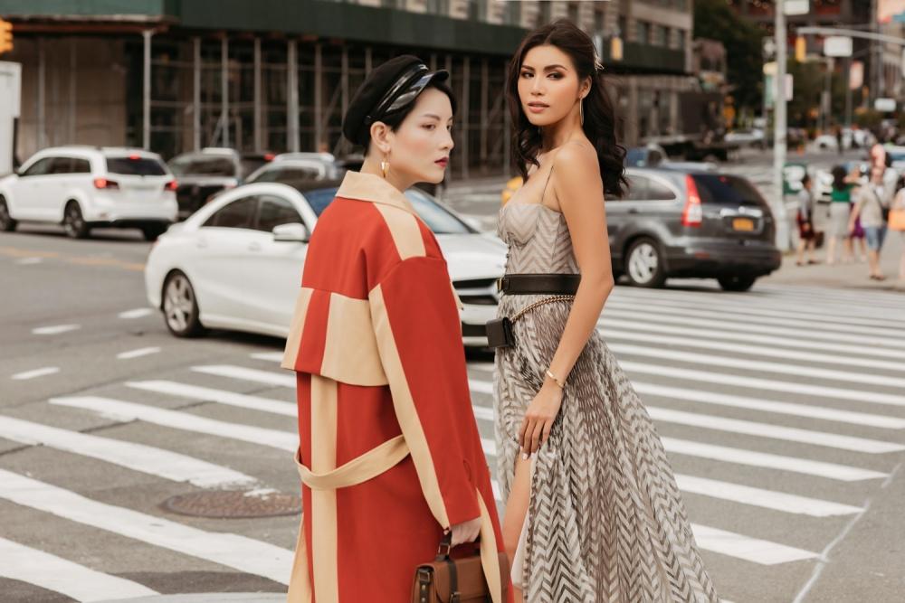 Minh Tú diện váy cắt xẻ táo bạo chưa từng thấy, khiến dân tình thót tim khi bước đi 3