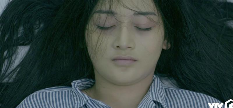 Cô gái chết do băng huyết trong lúc phá thai chính là em gái bà Dung.