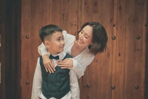 Trước khi làm 'Chị Mười Ba' phần 2, Thu Trang - Tiến Luật đón Trung thu bên con trai 2