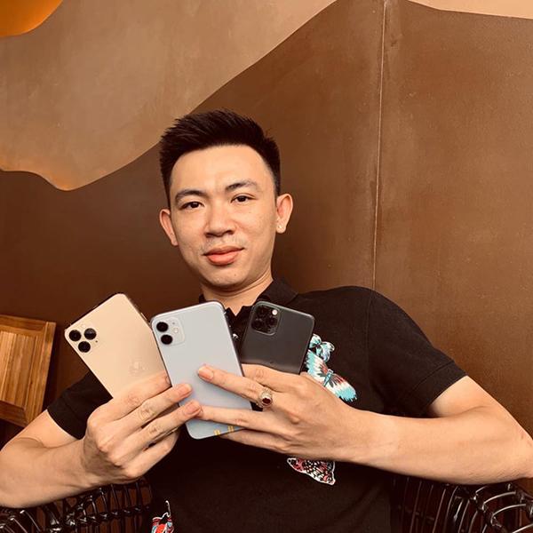Người đàn ông Việt sở hữu 3 chiếc iPhone đầu tiên.