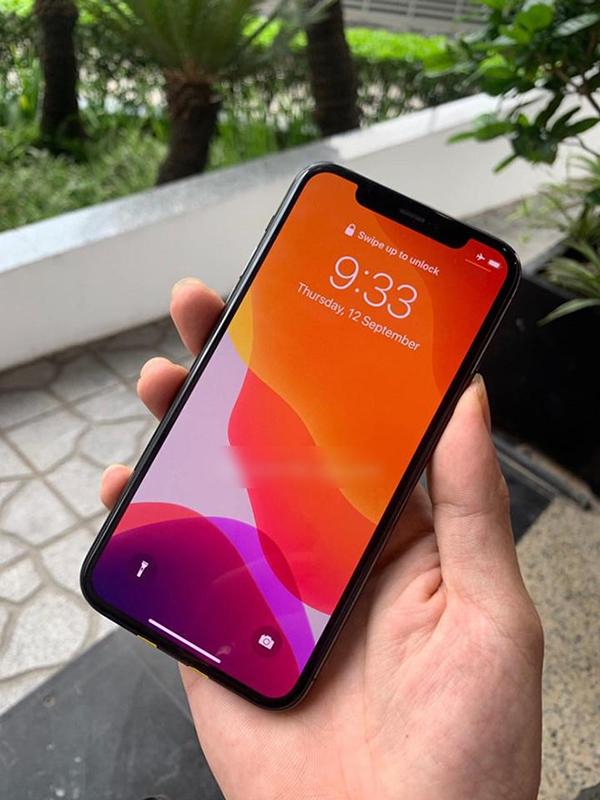 Người đàn ông Việt sở hữu 3 'siêu phẩm' iPhone 11 dù chưa mở bán khiến dân mạng 'ghen tỵ' 2