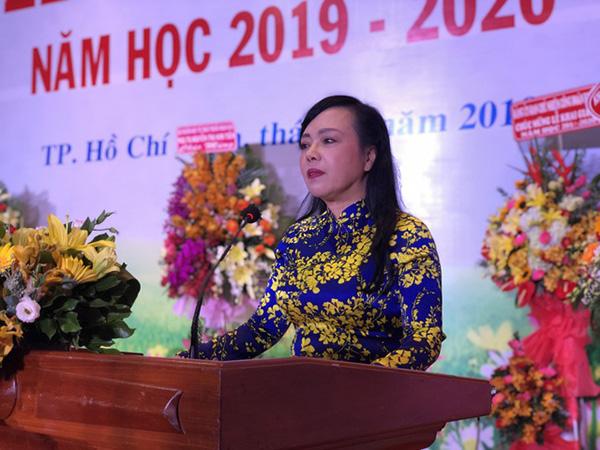 PGS.TS Nguyễn Thị Kim Tiến -Bộ trưởng Bộ Y tế phát biểu trong lễ khai giảng của trường ĐH Y Dược TP.HCM.