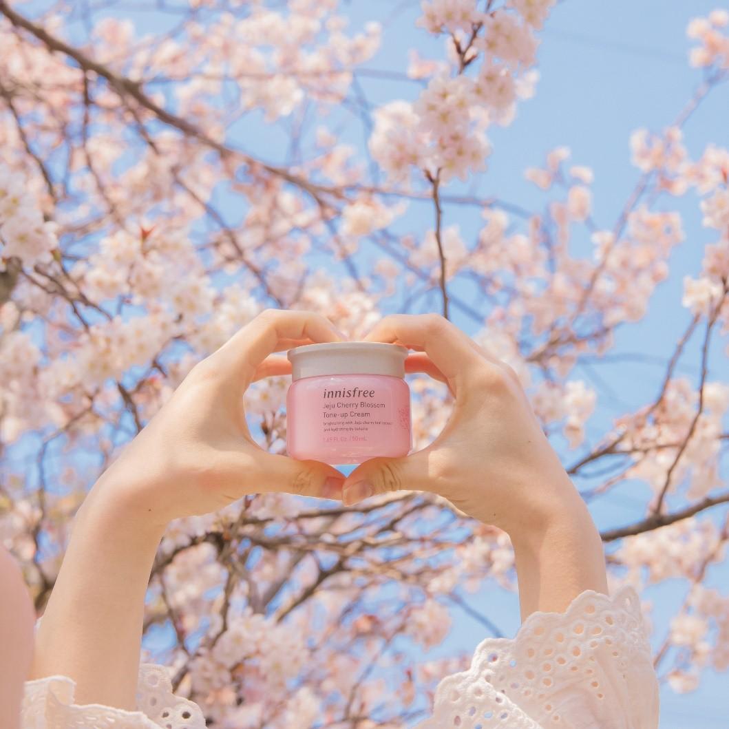 Bí quyết của vẻ đẹp sáng hồng rạng rỡ như hoa anh đào nở giữa trời xuân 0