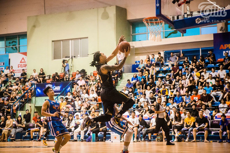 Đinh Thanh Tâm xuất sắc đạt 8 danh hiệu MVP mùa giải này