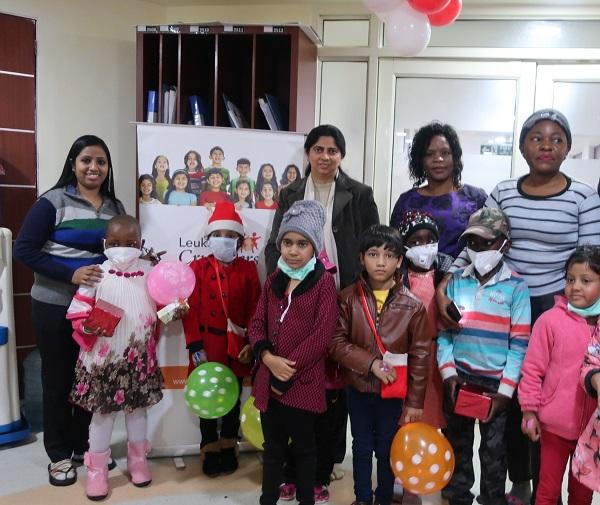 Những trẻ em mắc bệnh bạch cầu được tổ chức Leukemia Crusaders giúp đỡ.