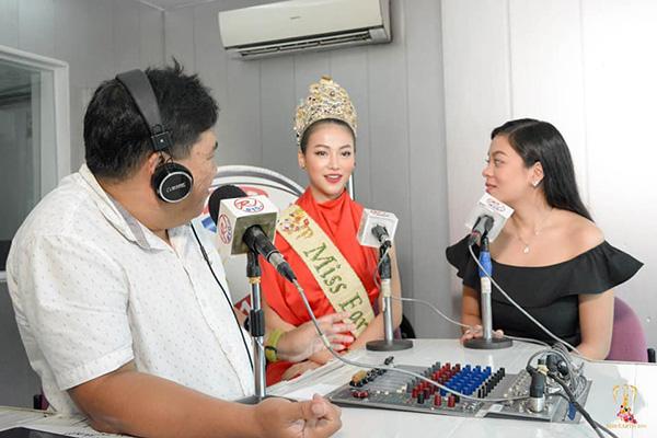 Phương Khánh xuất hiện xinh đẹp trên kênh truyền hình hàng đầu của Philippines 1