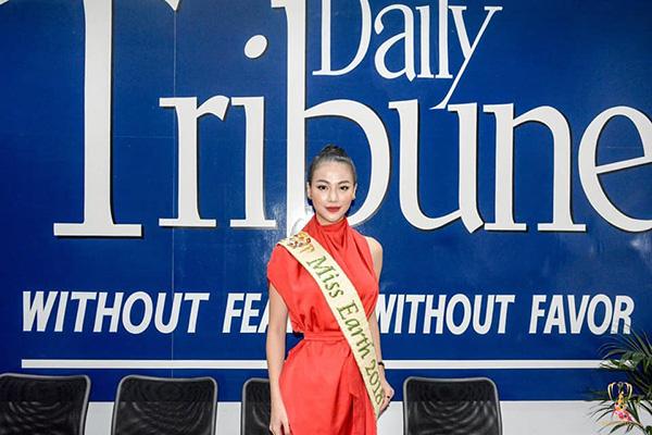 Phương Khánh xuất hiện xinh đẹp trên kênh truyền hình hàng đầu của Philippines 5