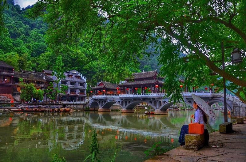 Vợ mê đồ cổ trang, 'chồng nhà người ta' dành cả thanh xuân đưa vợ đi khắp Trung Quốc và chụp hàng 'kho ảnh sống ảo' 5