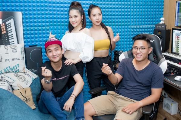 Hậu chia tay, Quang Đăng bất ngờ xuất hiện trong dự án âm nhạc của Hương Tràm 0