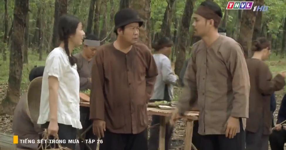 'Tiếng sét trong mưa' tập 26: Đang làm 'cô tiên dọn dẹp', con gái của Thị Bình suýt bị cai đồn điền cưỡng bức 4
