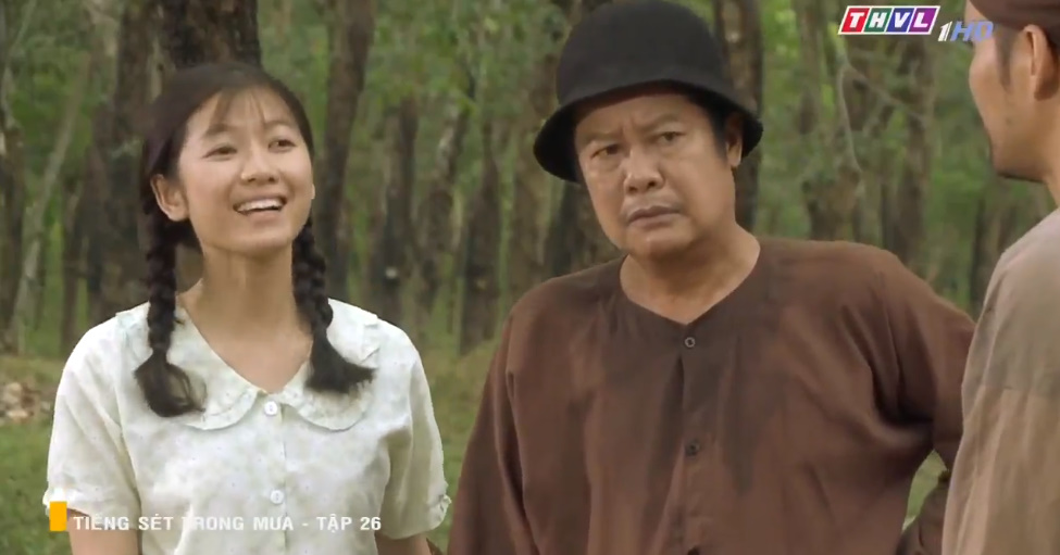 'Tiếng sét trong mưa' tập 26: Đang làm 'cô tiên dọn dẹp', con gái của Thị Bình suýt bị cai đồn điền cưỡng bức 6