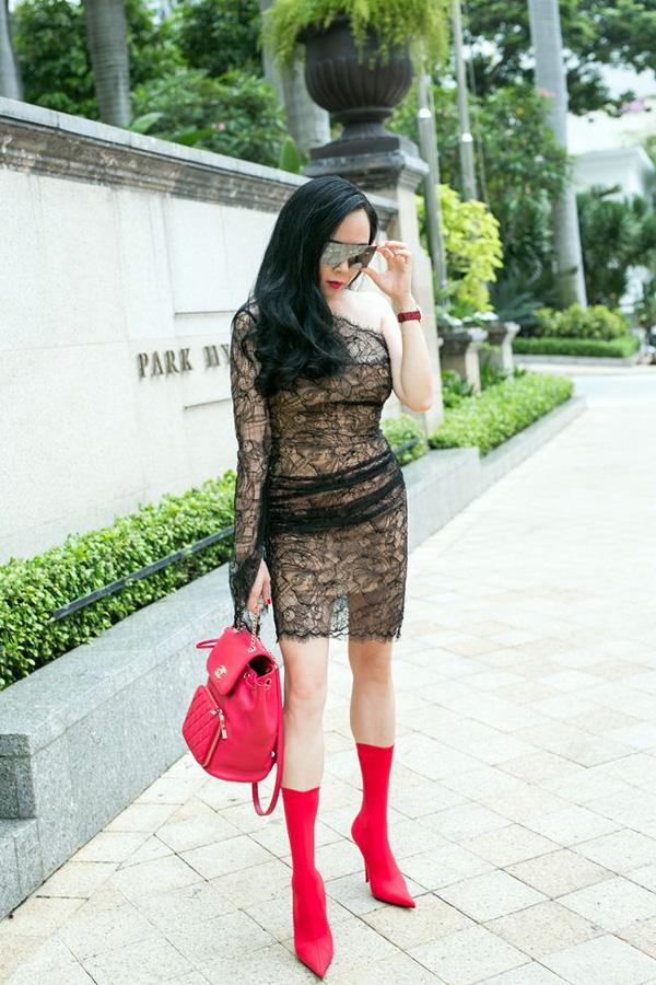 Cái kết nào dành cho Phượng Chanel khi đụng hàng với biểu tượng thời trang xứ Hàn Jennie Kim? 7