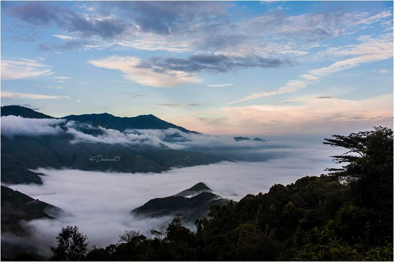 Tà Xùa là đỉnh núi cao thứ 10 của Việt Nam